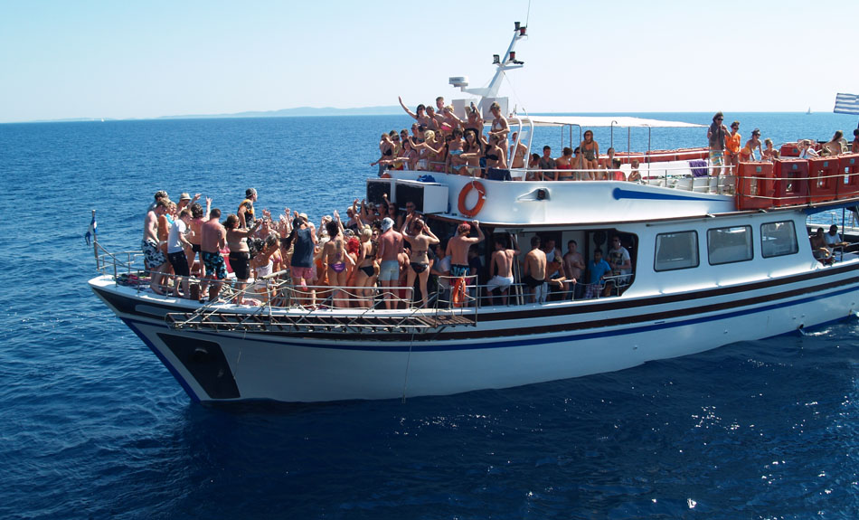 How To Organize An Event On Party Boat In Miami