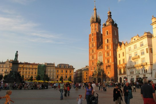 Krakow Sightseeing : Stunning Churches in a Beautiful City