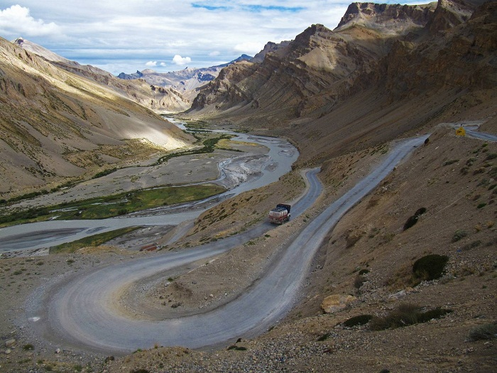 Gata Loops to Leh