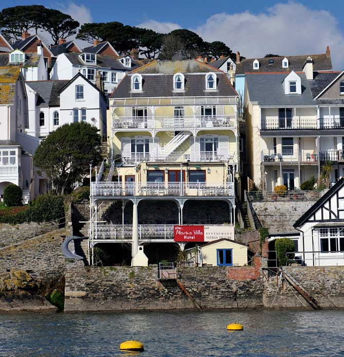 Marina-Villa-Hotel,-Cornwall