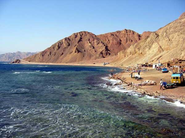 Dahab-BlueHole-Egypt