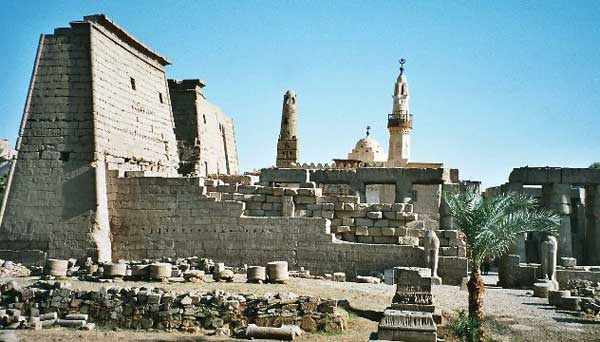 Luxor_Temple_Egypt