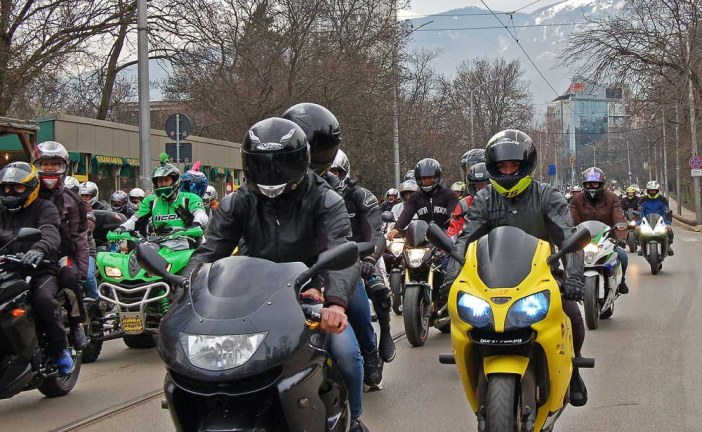 Know The Difference: Guided Vs. Independent Motorcycle Tours