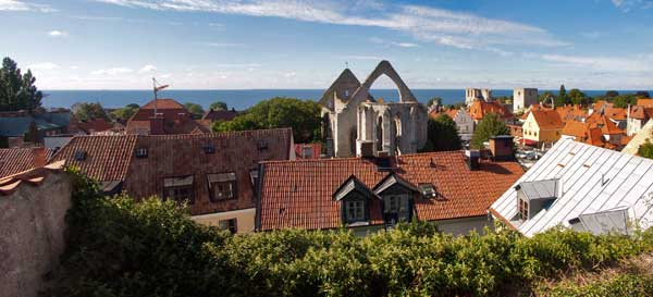 Walk-through-Visby-Sweden
