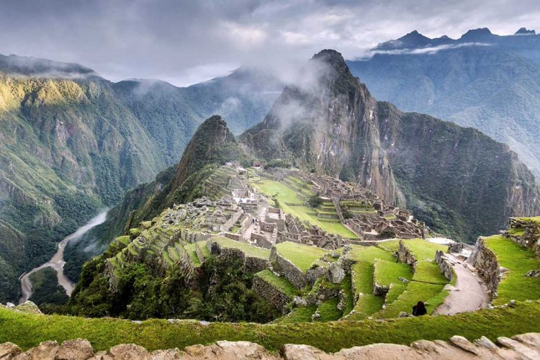 peru-tourist-destinations-machu-picchu