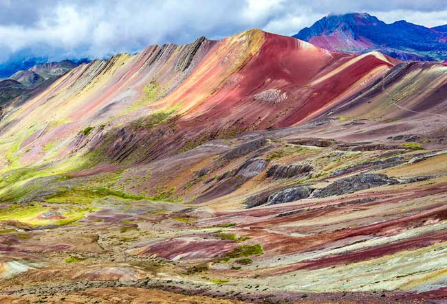 rainbow-mountain-trekking-tours-peru
